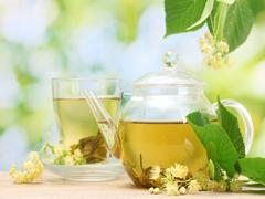 Які найкорисніші трав'яні чаї?