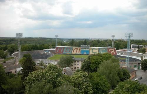 Стадион в Житомире в аварийном состоянии