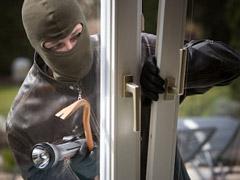 Как  защитить собственный дом от воров? + Видео