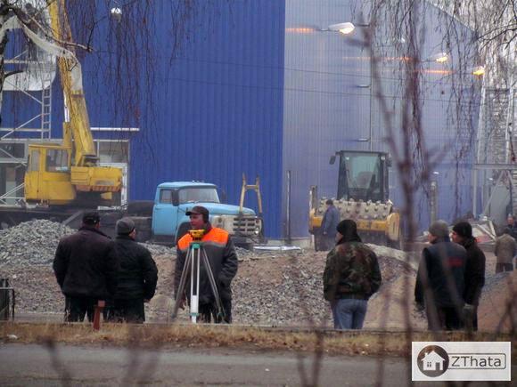"""У Житомирі до відкриття 21 грудня готують ТЦ """"METRO"""". ФОТО"""