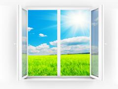 Переваги метало пластикових вікон в порівнянні зі звичайнии