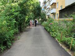 У Житомирі активно асфальтують дороги і двори багатоповерхівок. ФОТО