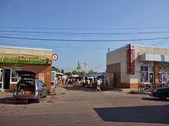 В Житомирі ліквідували стихійну торгівлю в районі Сінного ринку. ФОТО