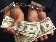 Житомирський суд відпустив під заставу попався на хабарі слідчого міліції