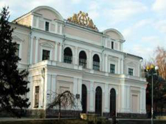 При реставрації Житомирській філармонії розікрали майже 400 тис. гривень