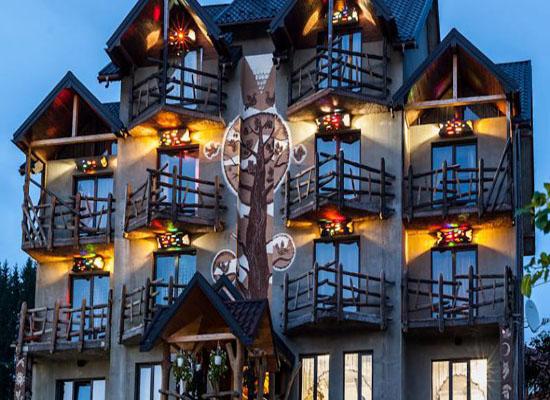 Топ-7 найнезвичайніших готелів України