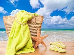 Що покласти до пляжної косметички?