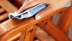 Як усунути подряпини з дерев'яних меблів: поради та рекомендації