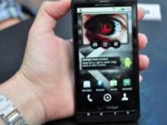 Компанія Motorola запатентувала самовідновлювальне скло