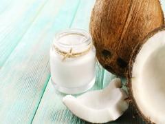 Кокосове масло для волосся: секрети використання