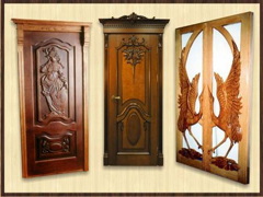 Чим краще фарбувати дерев'яні двері?